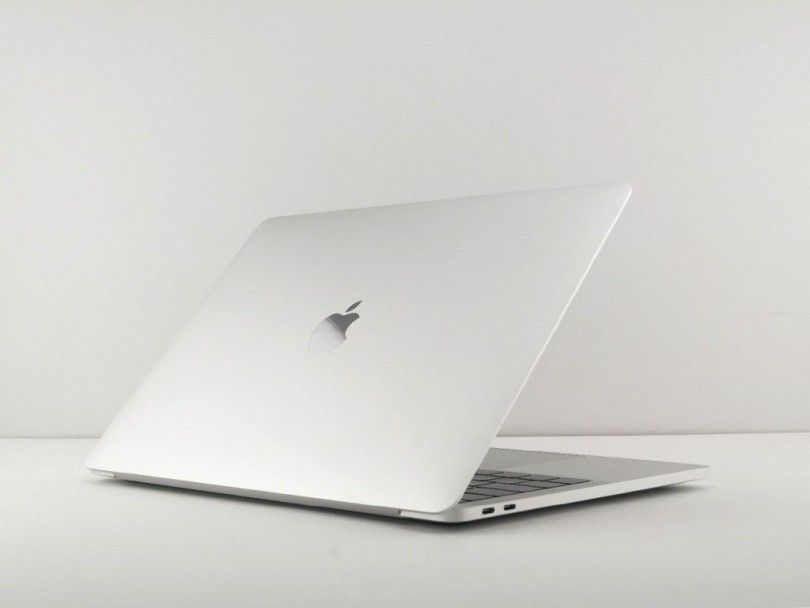 "MacBook Air 13"" i5 1.6GHz / 8Gb / 128Gb SSD"